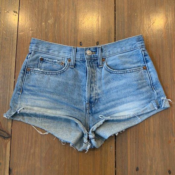 Levis Redone Short Shorts
